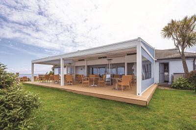garrick-terrace-restaurant-seating-canopy