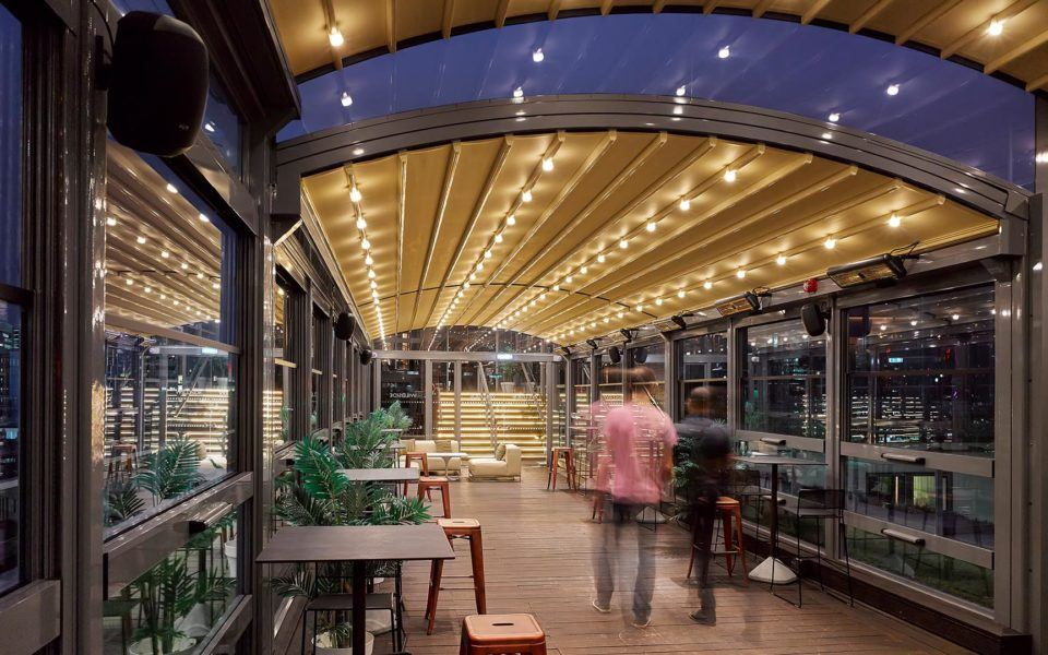 outdoor dining canopies