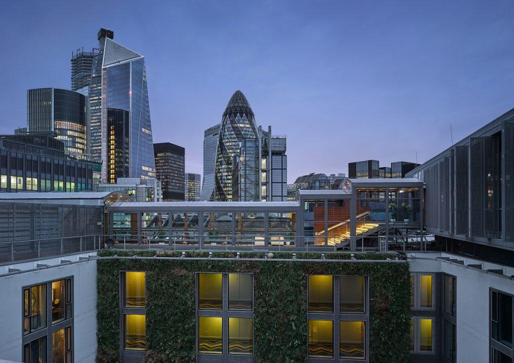 Building: Hilton Double TreeLocation: LondonClient: Canopies UK